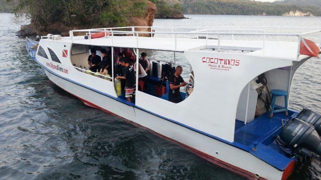 Facilities - Dive Boat