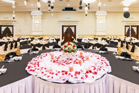 bayview-hotel-penang-gallery-Crystal-Ballroom-Table-Setup