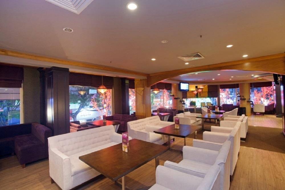 Dining - Calibre Lounge Ho Chi Minh City Hotel - Palace Hotel Saigon