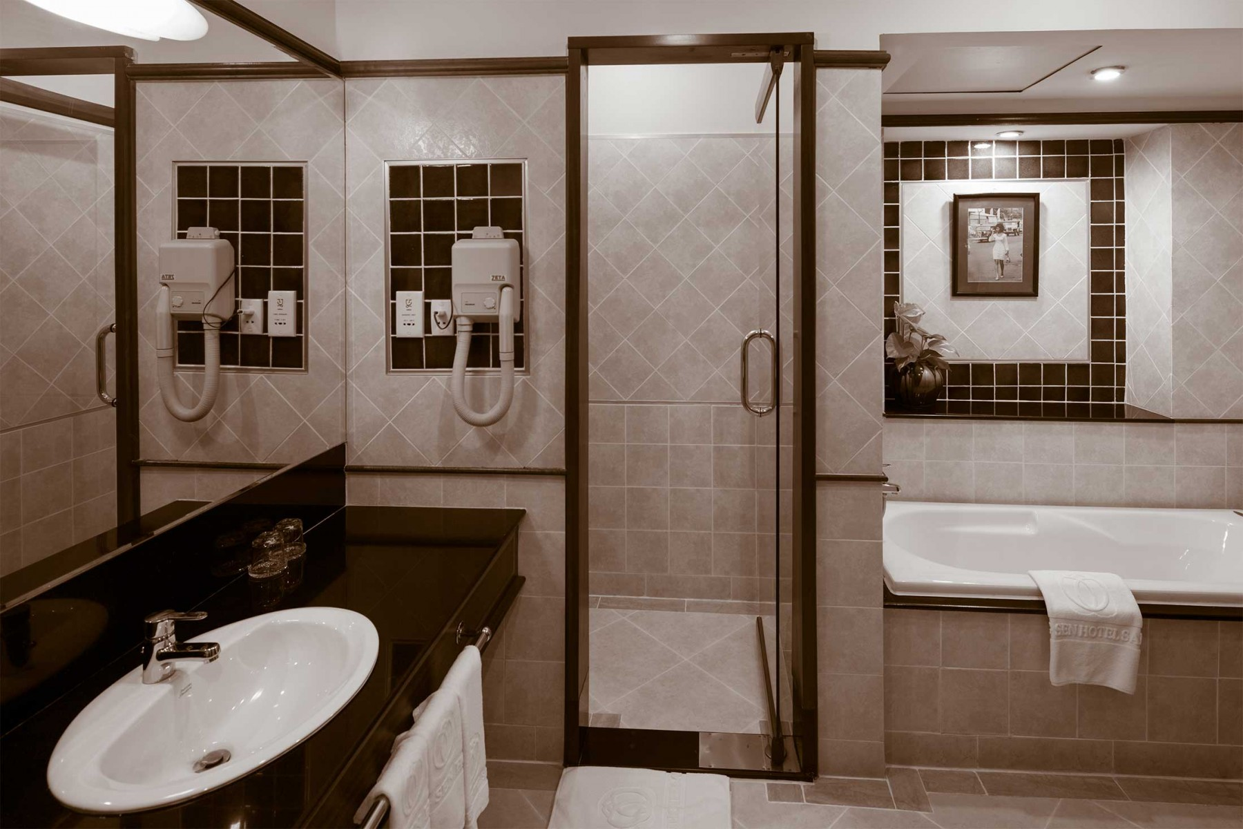 BongSen1_Sepia_BED-Facilities-(32-of-36)