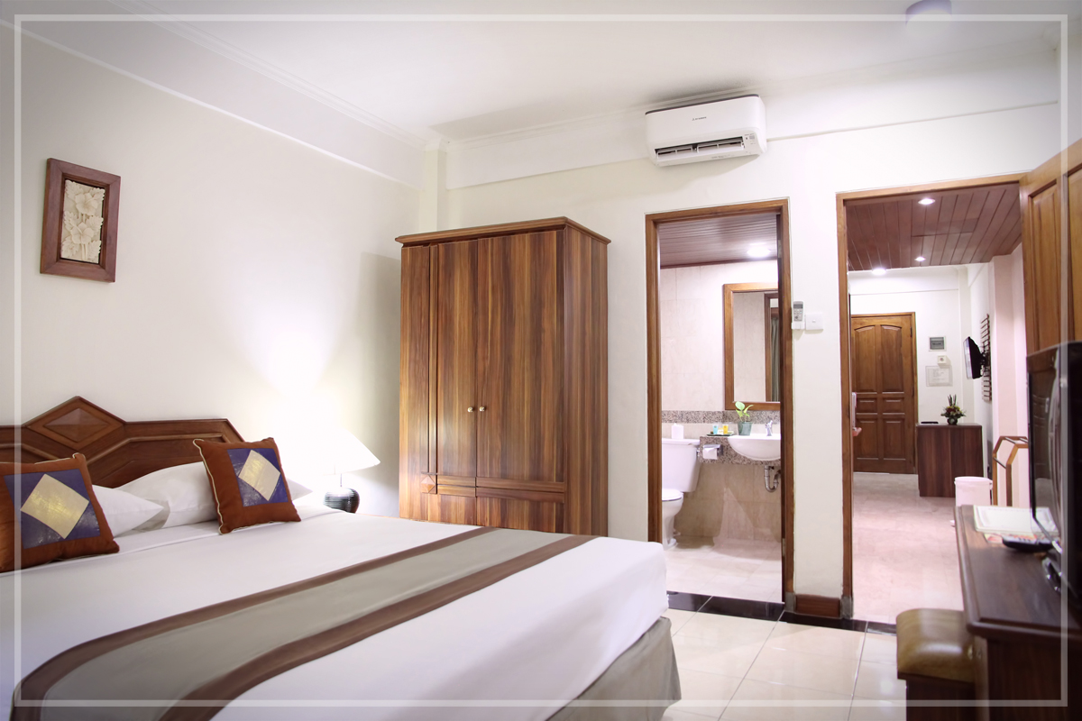 Rooms One Bedroom Residence Bali Hotel The Jayakarta Beach Voucher Garden Resort Kuta Superior Room With Breakfast Tea Coffee Making Facilities Kitchenette Microwave And A Full Set Of China Glass Silverware Sofa Bed In Living