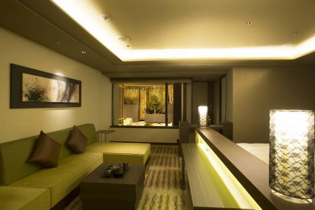 Rooms_and_Suites