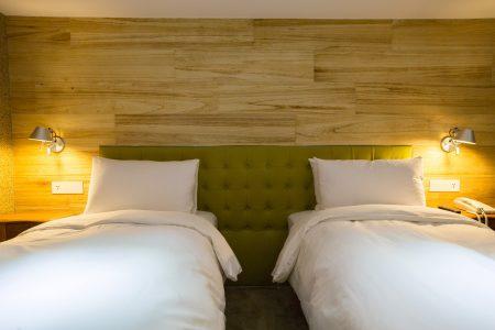 2人房2小床-8572