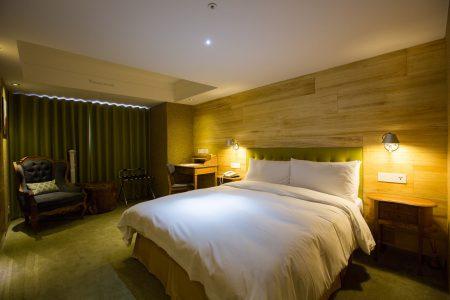2人房一大床-2-8659
