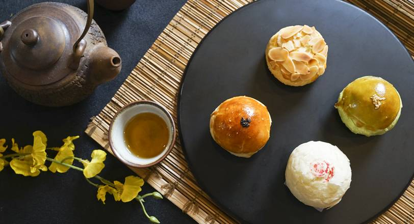 台中福華大飯店《格外品月》月餅禮盒
