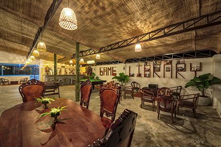 Mane Sky Bar Area
