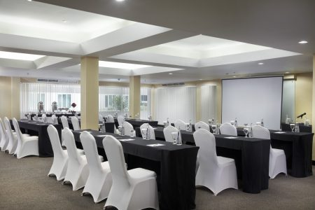 grandkemang-Jakarta-Meeting-Room-Spira1