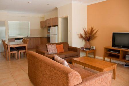 3-Bedroom Garden Spa Villa - Living