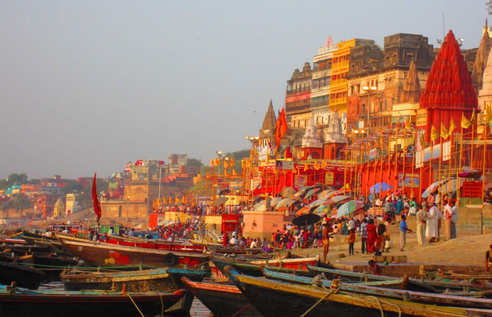 Dashashwamedh Ghat Varanasi Hotel - Brijrama Palace Varanasi at ...