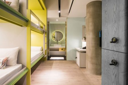 hua-shan-din-by-cosmos-creation-rooms-standard-quad-room-image-05