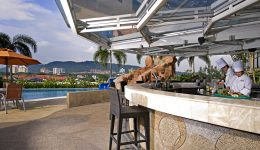 One World Hotel-Petaling Jaya-Malaysia-Poolbar-Day