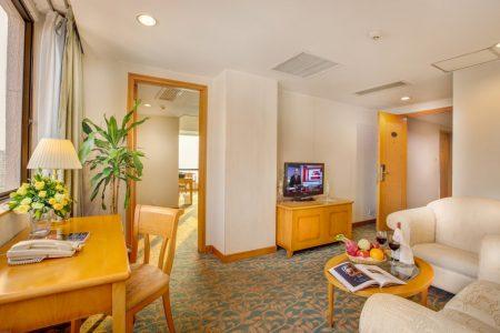 Excutive suite - Living room01