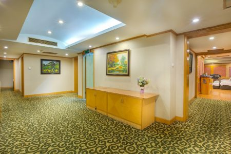 Sauna _ Massage_s Corridor