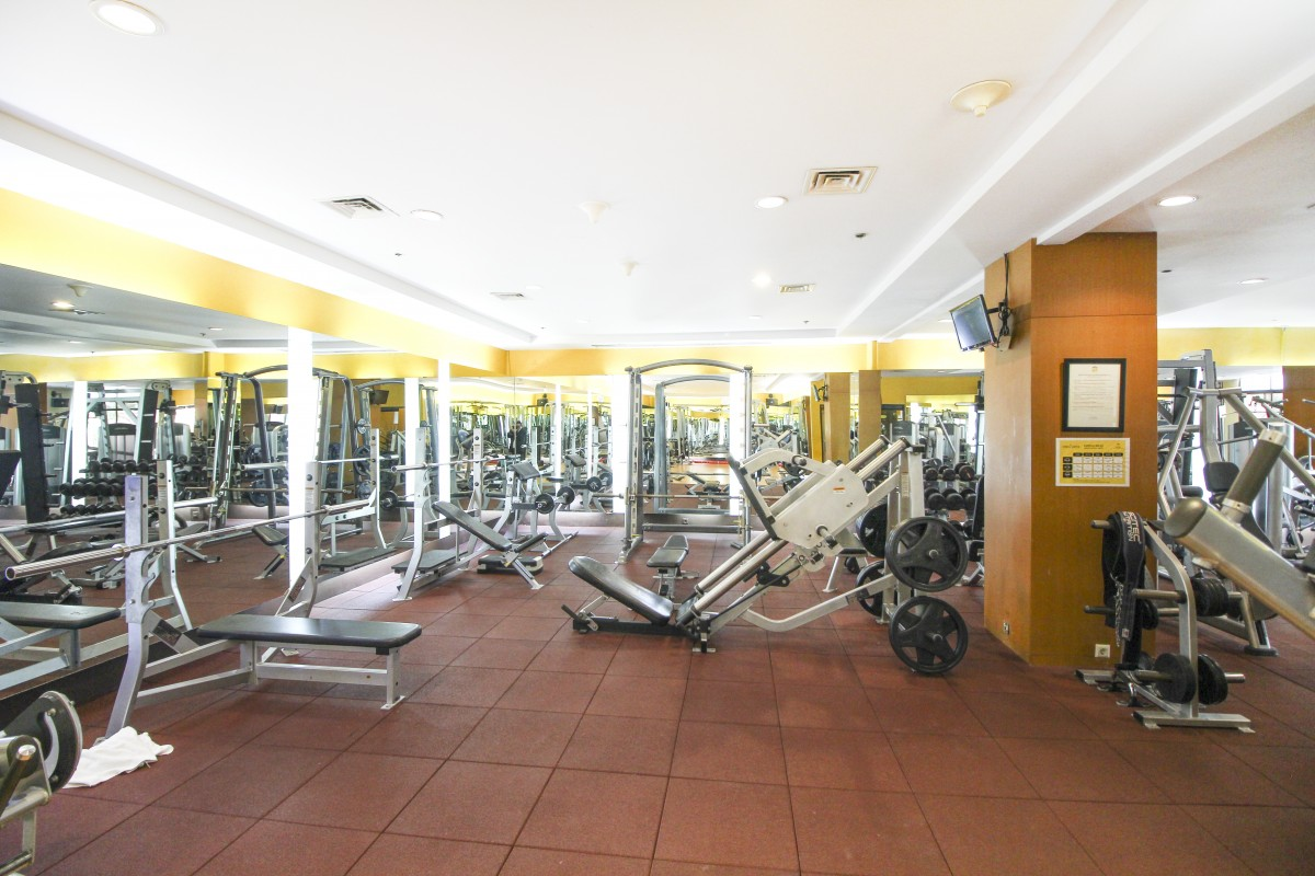 Overview - Facilities Jakarta Hotel - Redtop Hotel in