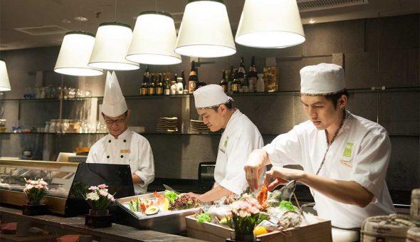 Eyuzu-3-chefs