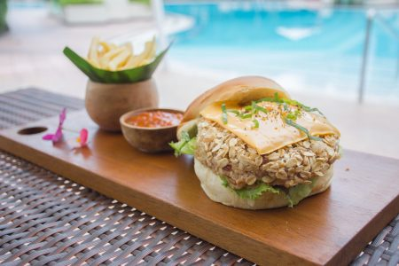 Surfer-Corner-Vegetarian-Burger