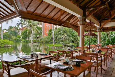 Waterfall-Restaurant-View-to-Lagoon-and-Garden