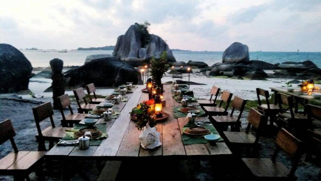 Private dinner at Billiton Beach Tent