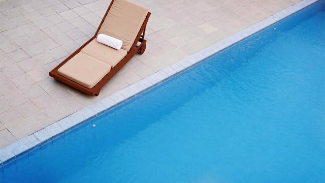 billiton-outdoor-pool-1
