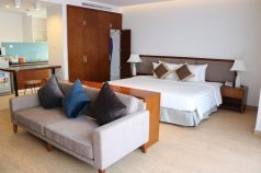 First guests staying at Dream Aparthotel